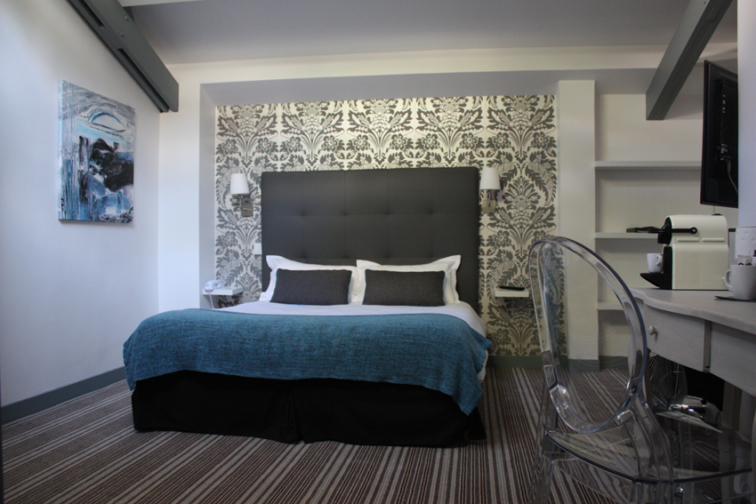 hotel-dauphin-chambre-deluxe-2