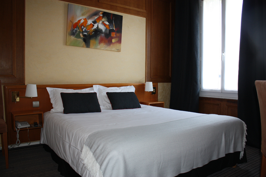hotel-dauphin-chambre-deluxe-8