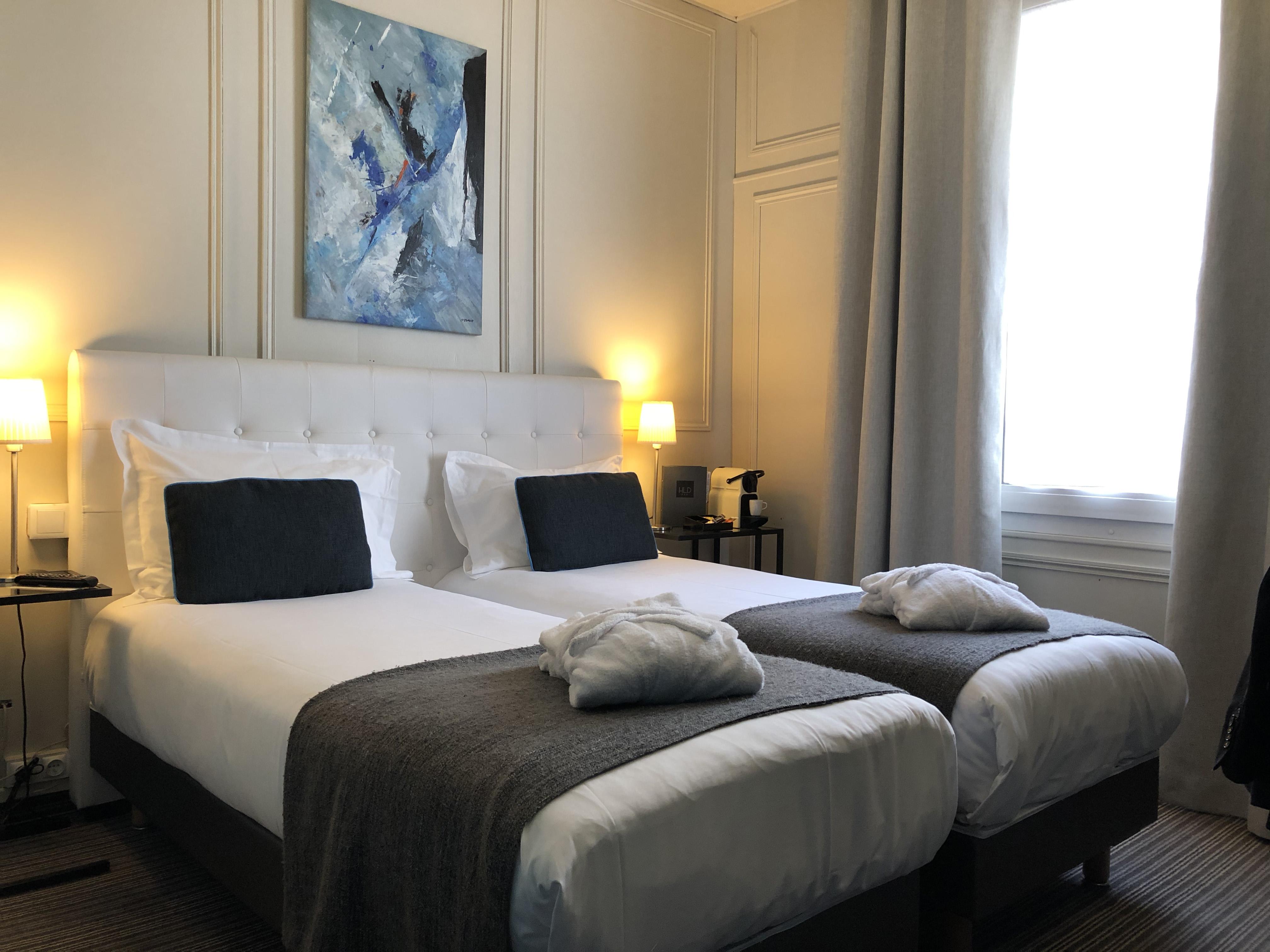 hotel-dauphin-twin-deluxe-3