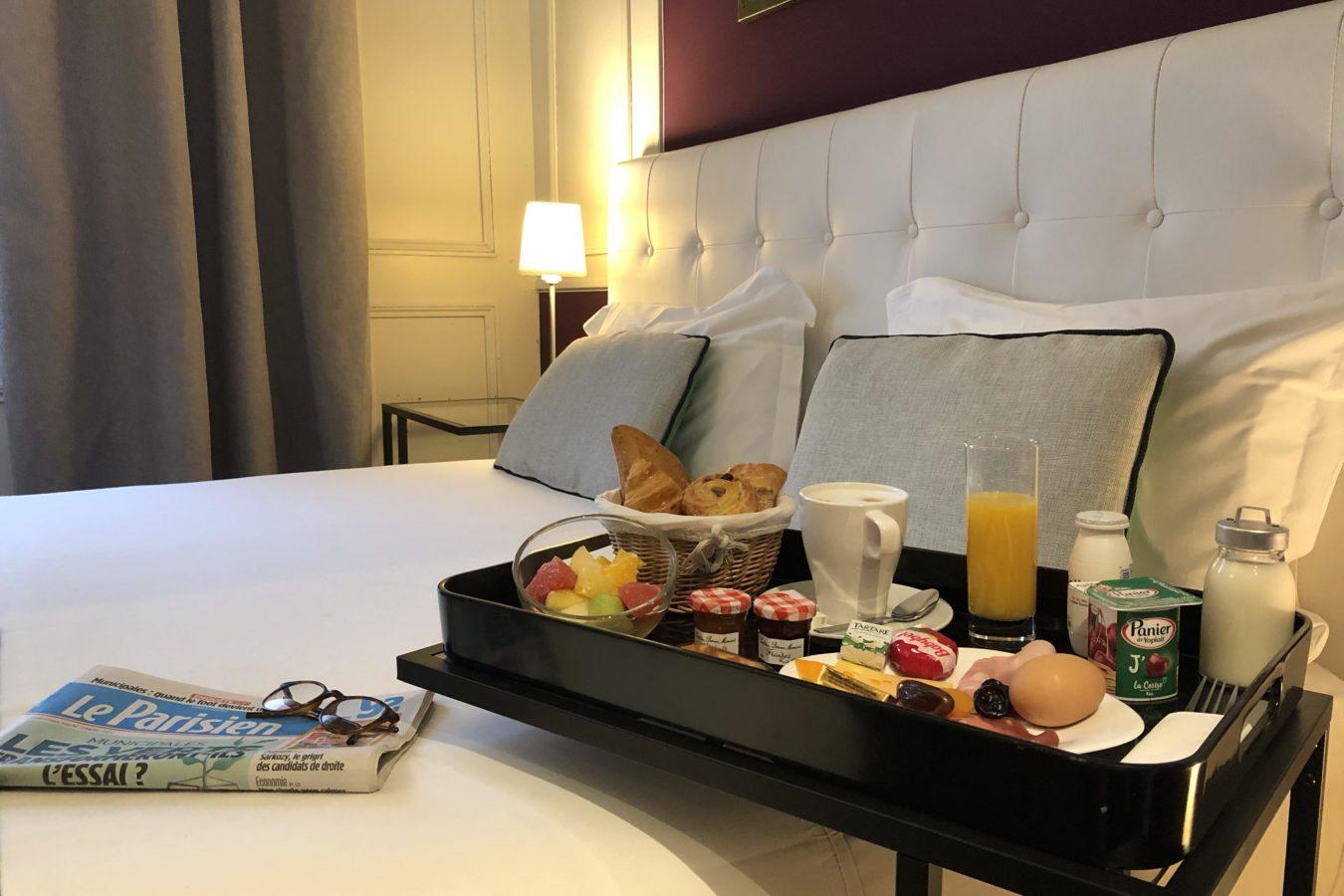 Petit déjeuner chambre Deluxe