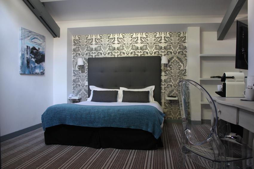 chambre Deluxe et Premium hotel le dauphin la défense